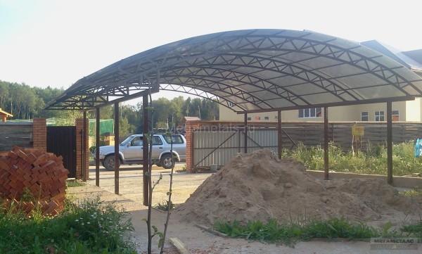 Навесы для автомобилей в Красногорске фото