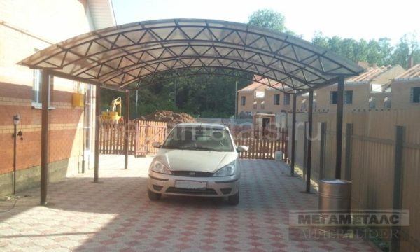 Навес для автомобиля из поликарбоната, размер 6*6,3м Дубна