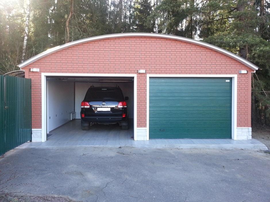Навес - гараж для машины из поликарбоната